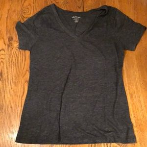 Charcoal gret v-neck t-shirt